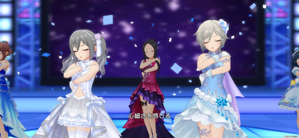 Memoriesを歌う神崎蘭子とアーニャ